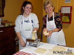 Grace makes fresh pasta in cooking classes in Rome